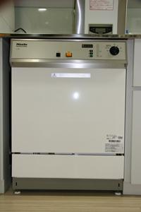 ウォッシャー・ディスインフェクター(Washer-Disinfectors)(洗浄消毒装置)3
